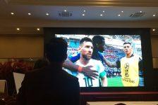 Tôi yêu Messi và Ronaldo